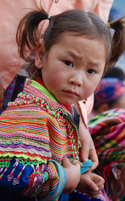 Hmong fabrics Vietnam from Nancy Knitsuk blog