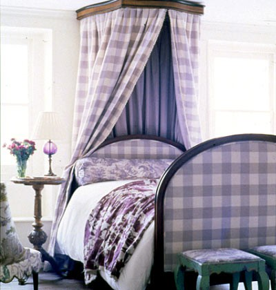 buffalo plaid canopy and bed